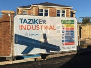 Construction Heras Banner