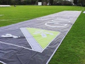 Large mesh banner