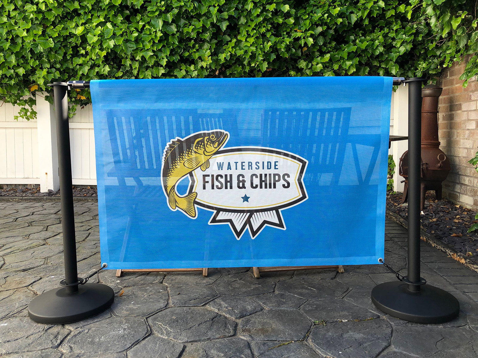 mesh cafe banners
